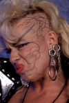Luna-Vachon-Photoshoot-Flashback-wwe-divas-31840253-381-390.jpg